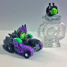 Angry Birds Transformers Telepods Exclusive Ultimate Megatron Pig with Mini Starscream and Matrix Telepod Base Set Hasbro http://www.amazon.com/dp/B00P2OOYMO/ref=cm_sw_r_pi_dp_7x8Eub1H06S3D