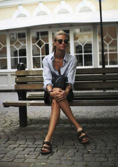 Birkenstocks are back! Click through for a really fun discussion about these iconic shoes.