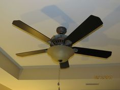 DIY Ceiling Fan Makeover, With Modern Masters Paint