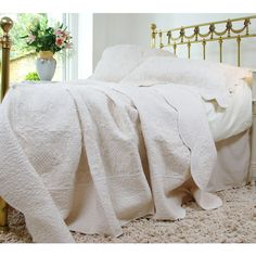French Bedroom Company - Colette Ivory Throw Bedspread Quilt