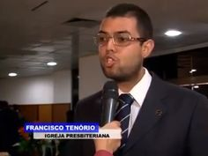 Dando entrevista para TV Record durante o 2º Encontro Interdenominacional promovido pela IURD.