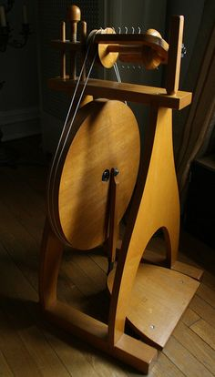 Clemes & Clemes | spinning wheel - my hand made wheel is based on this model!