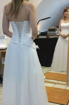 Wedding dress corset tulle lace Tulle Lace, Corset, Wedding Dresses, Shopping, Fashion, Gowns, Bride Dresses, Moda, Bridal Wedding Dresses
