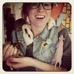 Reminds me of me and my babiesss. <3 So jealous that she had a hairless rat!