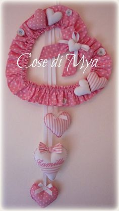 Cose di Mya: Fiocco Nascita Rosa Baby Sewing Projects, Sewing Crafts, Summer Crafts, Diy And Crafts, Pink Bedroom For Girls, Felt Wreath, Denim Crafts, Baby Shower Decorations For Boys, Girl Decor