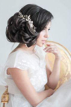 Amazing Wedding Flower Crowns And Hair Accessories ❤ See more: http://www.weddingforward.com/wedding-flower-crowns-hair-accessories/ #weddings