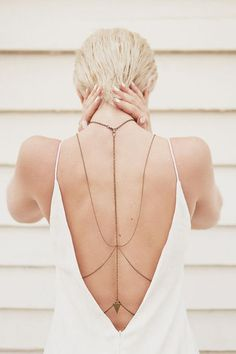 nadine Body chain é o acessório must have do Verão Boho Jewelry :: Accessories… Bridal Accessories, Fashion Accessories, Fashion Jewelry, Women Accessories, Latest Jewellery Trends, Jewelry Trends, Riot Girrl, Jóias Body Chains, Body Chain Jewelry