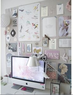 I steal this pic from my X-roms... she said: I <3 Pin Board