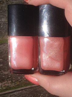 Left Chanel Bois de Rose 04, right Chanel 04 Bois de Rose