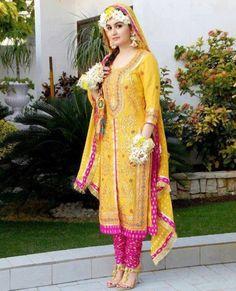 Latest Multi Shaded Bridal Mehndi Winter Suits For Pakistani & Indian Women Pakistani Mehndi Dress, Bridal Mehndi Dresses, Desi Wedding Dresses, Indian Bridal Lehenga, Pakistani Bridal Dresses, Red Lehenga, Pakistani Dress Design, Indian Beauty Saree, Indian Dresses