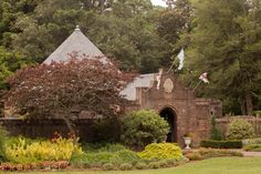 Elizabethan Gardens in Manteo, NC -- places to go in the Outer Banks #obx