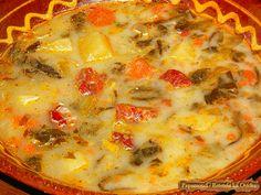 Ciorba de salata cu afumatura | Papamond #ciorba, #salata #afumatura #traditii Romanian Food, Romanian Recipes, Cheeseburger Chowder, Supe, Salads