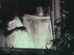 Lyda Borelli in Nino Oxilia's Rapsodia Satanica (1917).