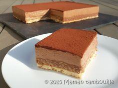 Voici un entremet au chocolat caramel constitué d'une dacquoise à la noisette, d'un craquant au praliné et d'une mousse au chocolat caramel.