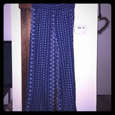 Petite Large blue designed dress pants I found out the hard way that I am not a large in petite. Beautiful color and comfy flowy style that Fits great on petite women with thin legs and height 5'2->5'3. If you are medium or small this will definitely fit you :)) Studio 253 Pants Wide Leg