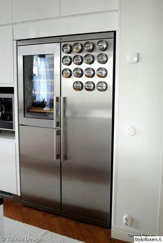 keittiö,mausteet,keittiön sisustus,viinikaappi Decor, Lockers, Storage, Cabinet, Locker Storage, Furniture, Home Decor, Ikea