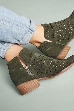Slide View: 4: Liendo by Seychelles Mojave Booties