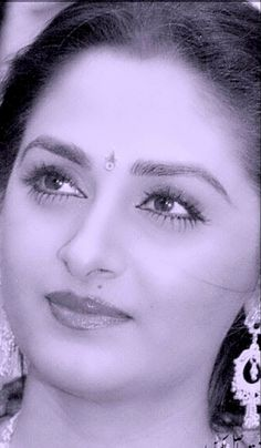 80s Actresses, Indian Actresses, Most Beautiful Indian Actress, Beautiful Actresses, Asian Paints Wall Designs, Rekha Actress, Carnival Fashion, Anushka Photos, Cool Gadgets To Buy
