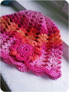 Crochet hat Nika (size 4-8 years)