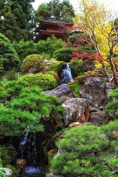 Jardim Japonês Em Portland. Zen GardensWater ...