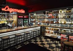 From creative cocktail dens to boisterous beer halls to intimate wine bars, here are the 21 hippest drinking establishments in NYC right now. New York Bar, New York City, Best Bars In Nyc, London Nightlife, Bar Image, Vintage Diner, Bars And Clubs, Self Serve, Korean Bbq