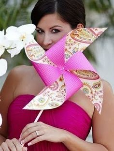 Pinwheel bouquets - Super fun, trendy and CHEAP alternative to floral arrangements. LOVE the paisley print here.