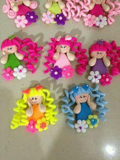 Very cute girls Polymer Clay Fairy, Polymer Clay Ornaments, Polymer Clay Christmas, Cute Polymer Clay, Polymer Clay Canes, Cute Clay, Polymer Clay Dolls, Polymer Clay Flowers, Polymer Clay Creations