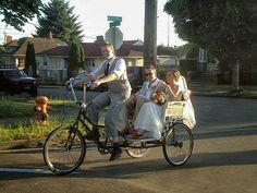 Tja, je kan zelf als echte Hollander naar je bruiloft fietsen, maar misschien beter nog... laat je fietsen!