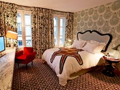 coolest looking bedroom!  i am thinking maybe when i redo the guest room???from hotel thoumieux in paris
