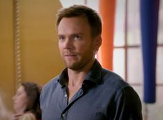 Community Season 4 First Look: The Greendale Gang Is Back and Ready to Graduate! - via E! Online