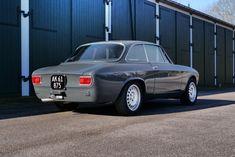 Alfa Gtv, Alfa Romeo Gtv, Alfa Romeo Cars, Alfa Romeo Giulia, Exotic Cars, Cool Cars, Bmw, Classic, Vehicles