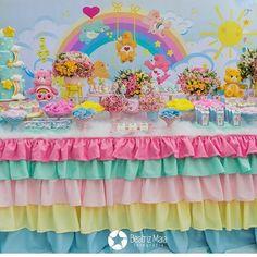 Que amor! Festa linda dos Ursinhos Carinhosos  Via @portaldedicas Decor @tabitacintra . #festasinfantis ...