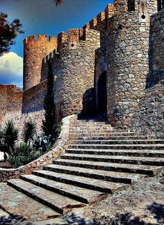 Castillo de la Atalaya is a castle in Villena, Alicante, southern Spain, located over a spur of the Sierra de la Villa Chateau Medieval, Medieval Castle, Beautiful Castles, Beautiful Places, Places To Travel, Places To See, Chateau Moyen Age, Famous Castles, Castle Ruins