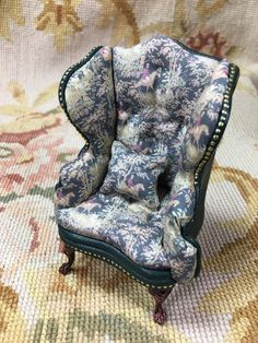 Chair Wing Hunt Printed Cotton & Green Leather 1:12 Dollhouse Miniature
