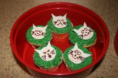 Where the Wild Things Are cupcakes.