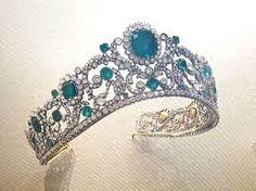 Resultado de imagem para tiaras and trianon.com