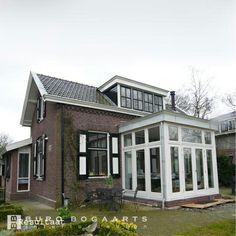 Jaren 50 huis met erker en geveldak andere mooie huizen pinterest - Huis modena ...