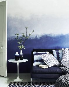 Maltechniken Effekte Ombre Weiß Blau Schlafzimmer Wand. See More. Create An  Ombré Wall Using Graduating Shades Of The Same Colour U2013 The Darkest At The