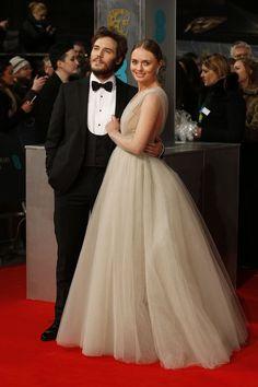 Sam Claflin i Laura Haddock  BAFTA 2015