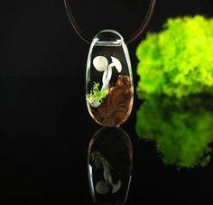 mushroom  (SATILDI) #handmadejewelry #handmade #resinart #art #mushroom #woodandresin #resin #design #giftidea #oneofakind #bohostyle #bohemian #nature #pendant #jewellery #ahşap #reçine #elyapımı #tasarım
