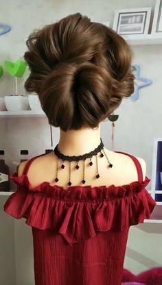 Get your hair tied like this at a banquet