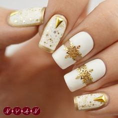 31 Wintry Nail Art Designs Perfect For A Blizzard