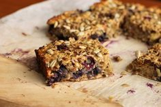 Scientifically Sweet: Blueberry Fig & Banana Breakfast Bars that are way too healthy