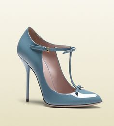 http://fashionpumps.digimkts.com those are a must have ... gorgeous . Gucci 'Beverly' Patent Leather T-Strap Aqua Pumps