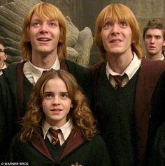 Double trouble: James Phelps and Oliver Phelps are identical twin British actors, best known for playing twins, Fred and George Weasley, respectively, in the Harry Potter film series Magia Harry Potter, Mundo Harry Potter, Theme Harry Potter, Harry Potter Pictures, Harry Potter Fandom, Harry Potter Characters, Harry Potter World, Hermione Granger, Fred And Hermione