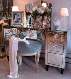 1920s vintage Paris Apartment Decor | One of the finds on the online boutique. This is a better vanity dressing table for Harris to find in Pip's apartment bedroom. This is more her style.