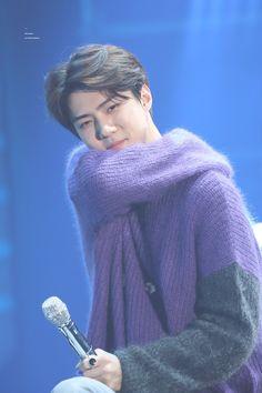 Istg he's so squishy i am: dead Baekhyun, Exo Album, Exo Korean, Korean Idols, Lucky Ladies, Xiu Min, Cha Eun Woo, Exo Members, Chinese Boy