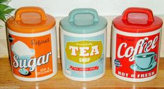 RETRO SET OF 3 AIR TIGHT RED ORANGE BLUE TEA COFFEE SUGAR JARS STORAGE CANISTERS £14.99