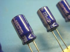 (20) NICHICON UVX1A221MEA 220uf 10V 85° Radial Electrolytic Capacitor NEW USA #Nichicon