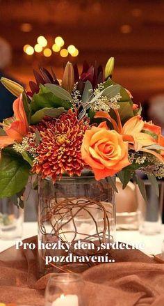 Outdoor Wedding Centerpieces, Rustic Wedding Flowers, Fall Wedding Colors, Wedding Table Centerpieces, Flower Centerpieces, Table Decorations, Autumn Centerpieces, Orange Wedding, Centerpiece Ideas